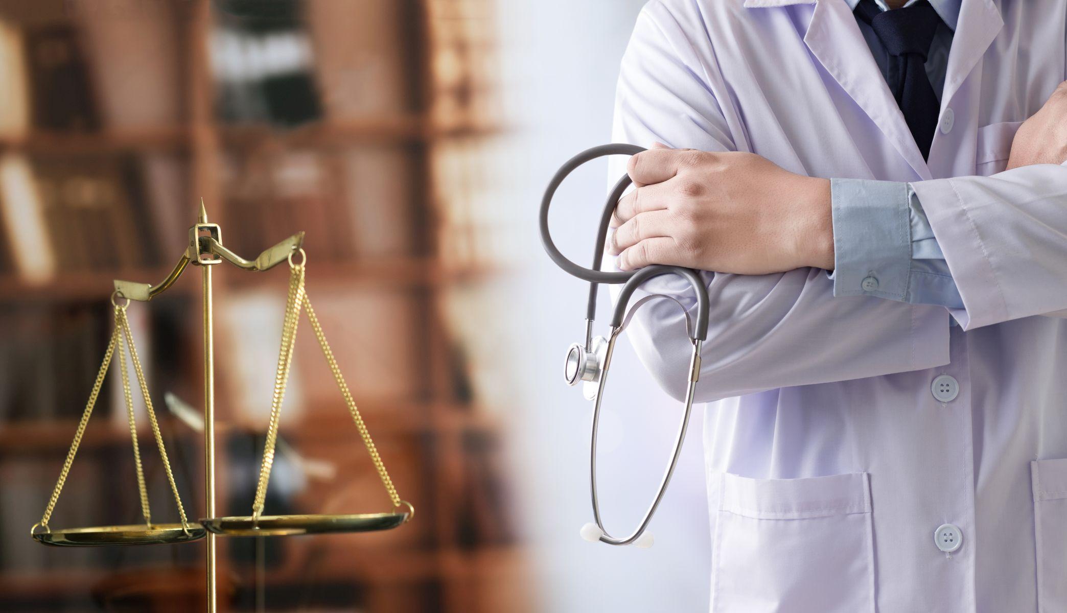 Recht Medizin