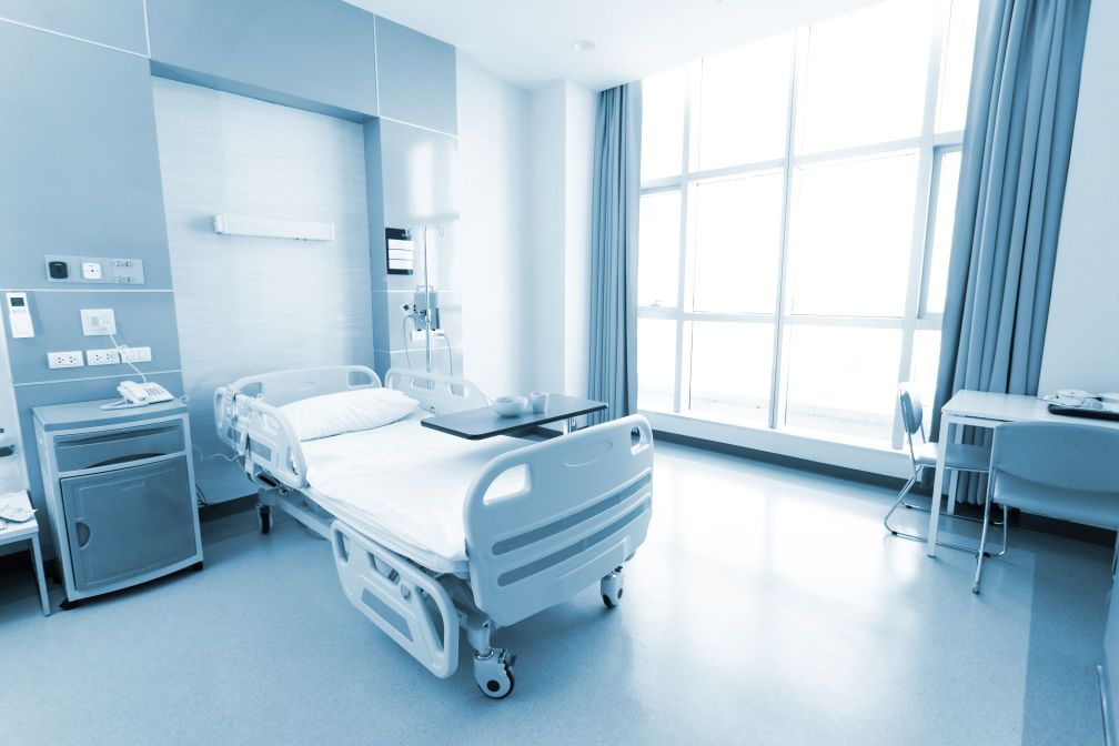 Klinikbett