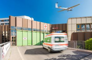 Krankenwagen und Drohne